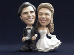 Bobblehead Arm in arm-Wedding Cake Topper